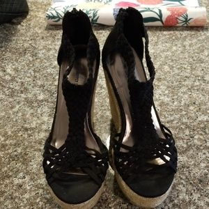 Mossimo supply black and straw wedges